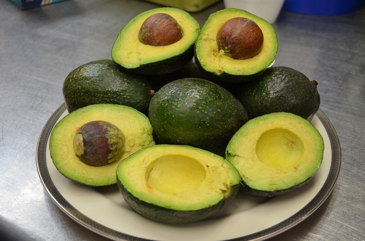 Haarkur mit Avocado selbst herstellen