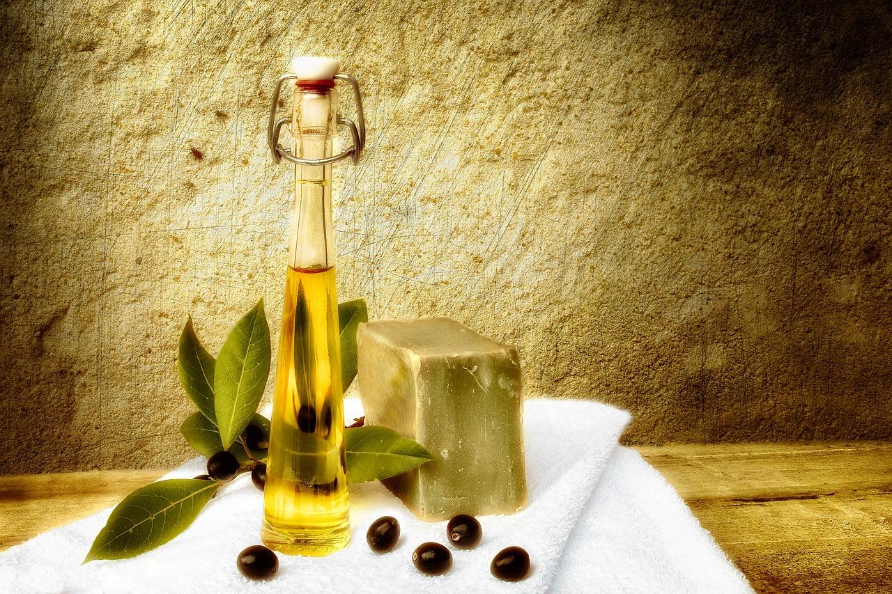 Handpeeling mit Olivenöl