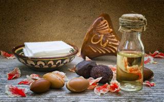 Araganbeeren und Arganöl