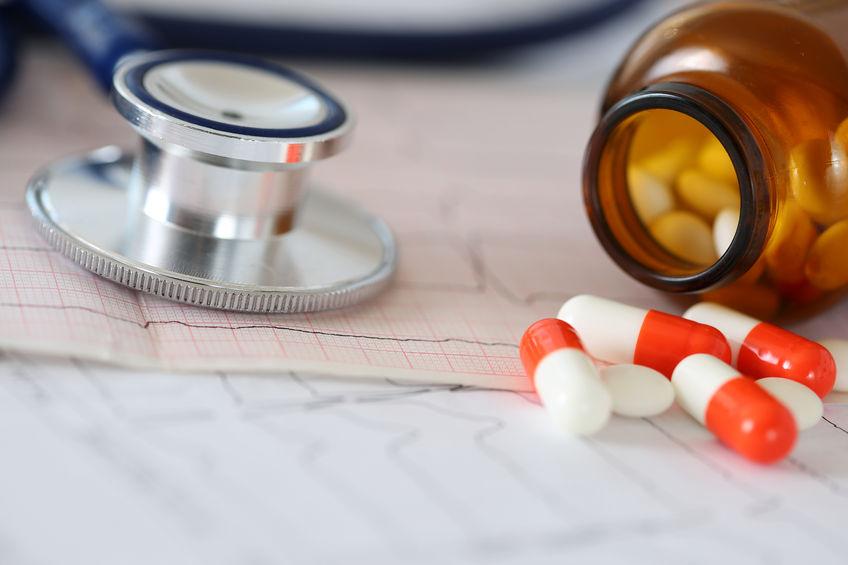 Bunte Pillen mit Vitaminen