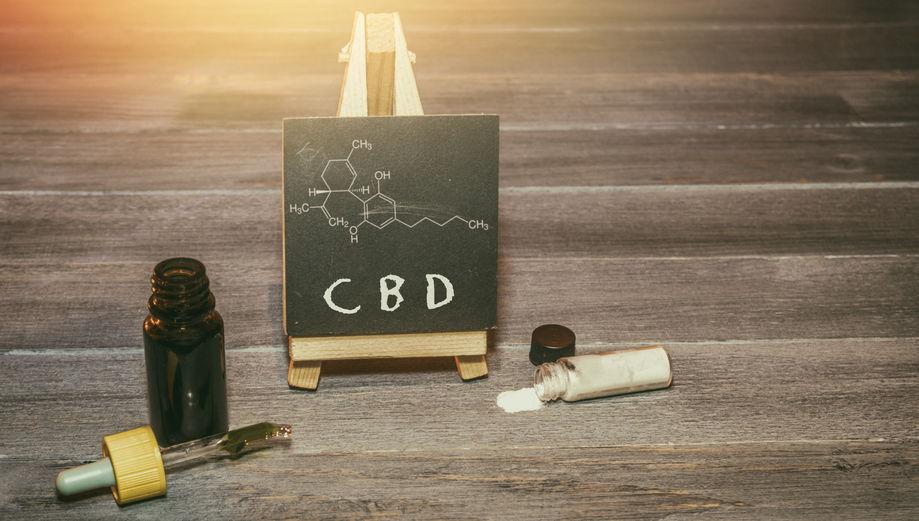 CBD Öl und CBD Kristalle